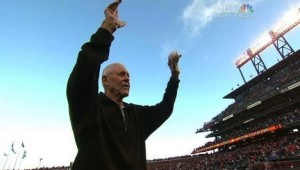Lon Simmons acknowledging the AT&T Park crowd on his 90th birthday, July 19, 2013.