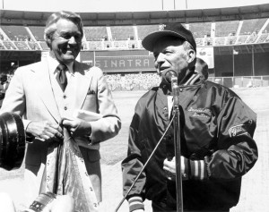Lon Simmons with Frank Sinatra at Candlestick Park (Courtesy of San Francisco Giants)