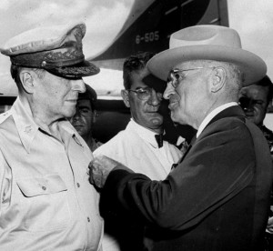 President Harry Truman pins the Distinguished Service Cross on General Douglas MacArthur in 1950 (AP Photo)